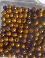perles vernies marron
